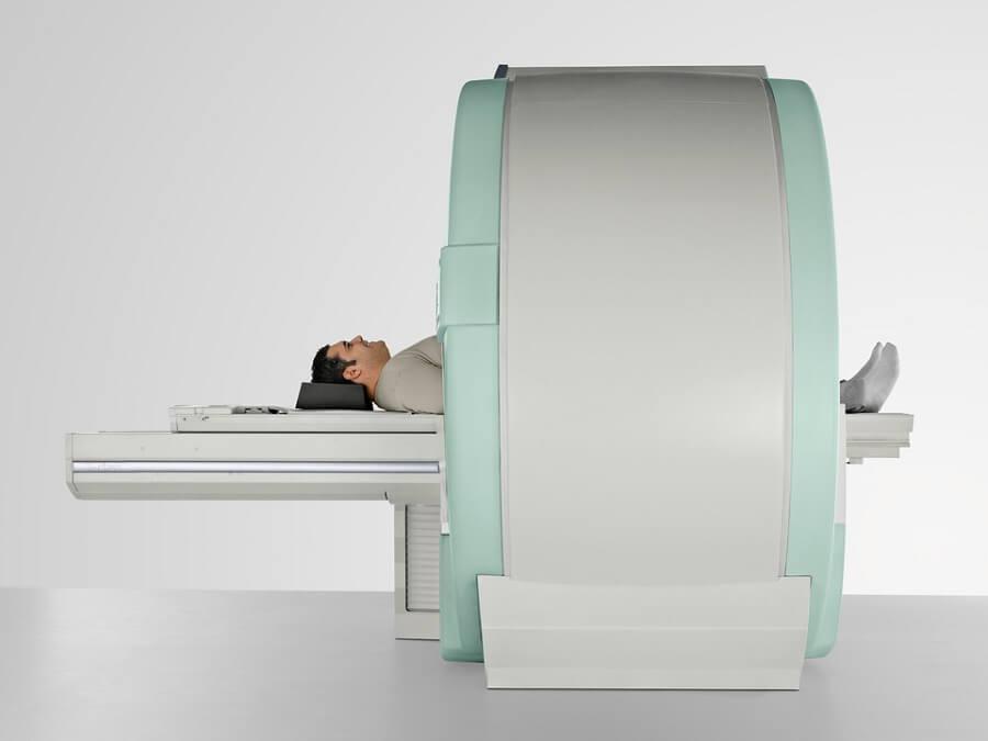 Закрытый или туннельный томограф
